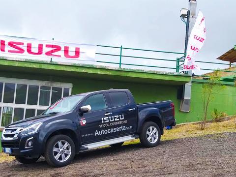 Isuzu Autocaserta.jpg